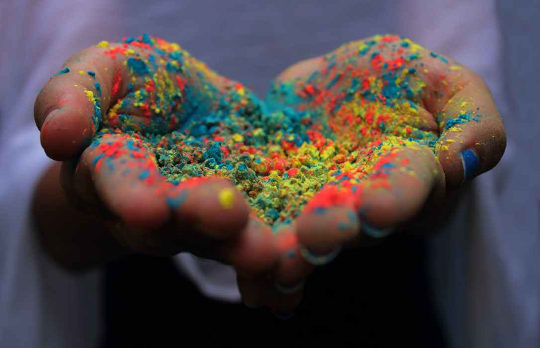 palm full of colored powder